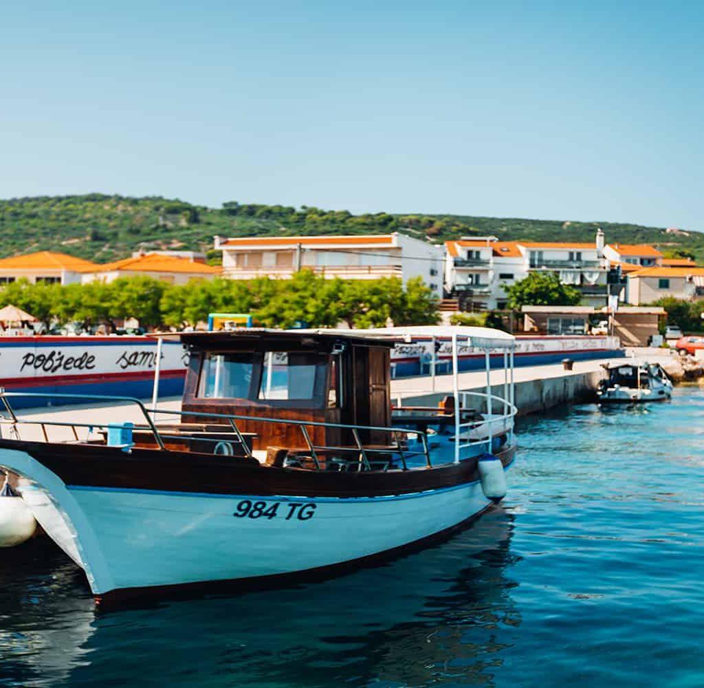 Boat-Excursion-Split